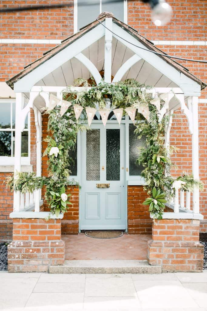Pretty door garland